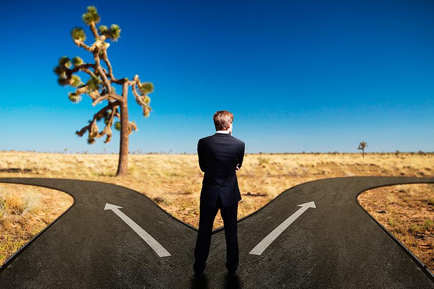 Decisão sobre Emprego Público